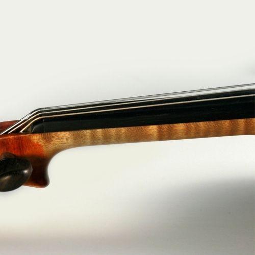 violin's neck